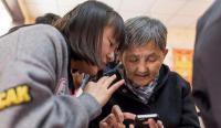 【中英双语】国外网民热议:为什么微信在中国这么受欢迎?